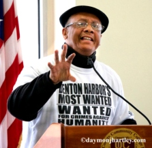 Rev.-Edward-Pinkney-speaks-Detroit-by-c-Daymon-J.-Hartley-web